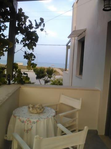 Secondary balcony