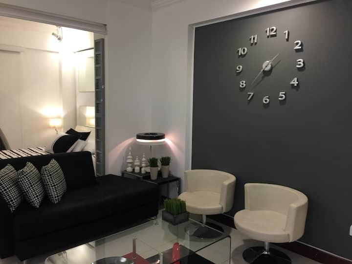 SuiteStudio. Moderno/Confortable/Seguro/Exclusivo.