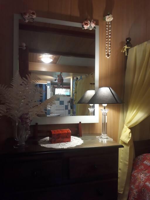 Rangements, armoire, cintres