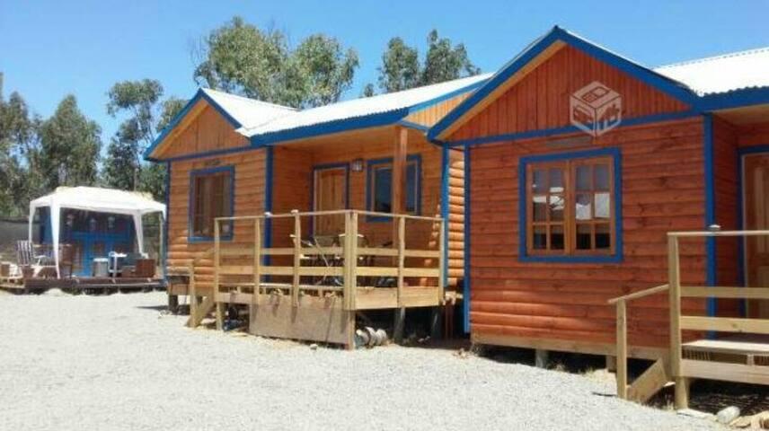 Cosy Wooden Cabin 3 pax Pichidangui