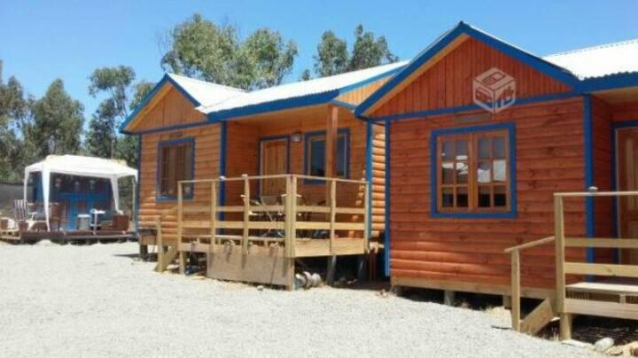 Cosy Wooden Cabin 2 pax Pichidangui