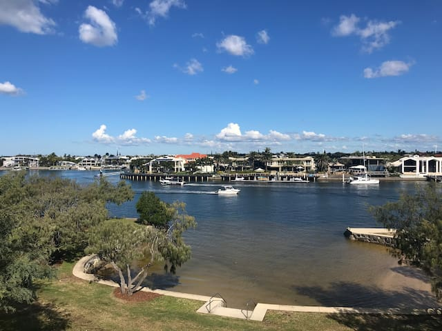 Mooloolaba Waterfront - Pago Pago The Penthouse