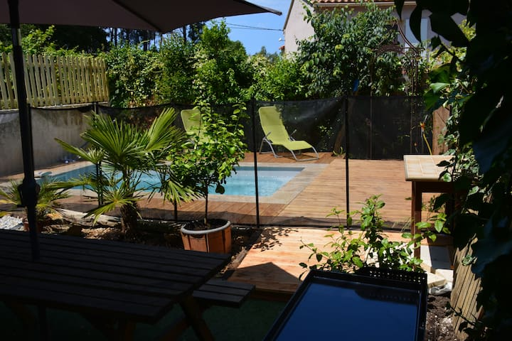 Roxane House Garden and  pool for up to 10