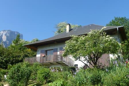 Maison de caractère Apremont Savoie - Apremont - Hus