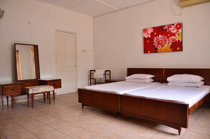 Over 11 Apartment - Central Colombo - Colombo - Apartament