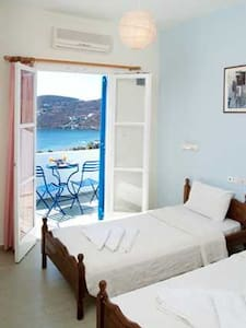 Private Room with sea view - Ίος