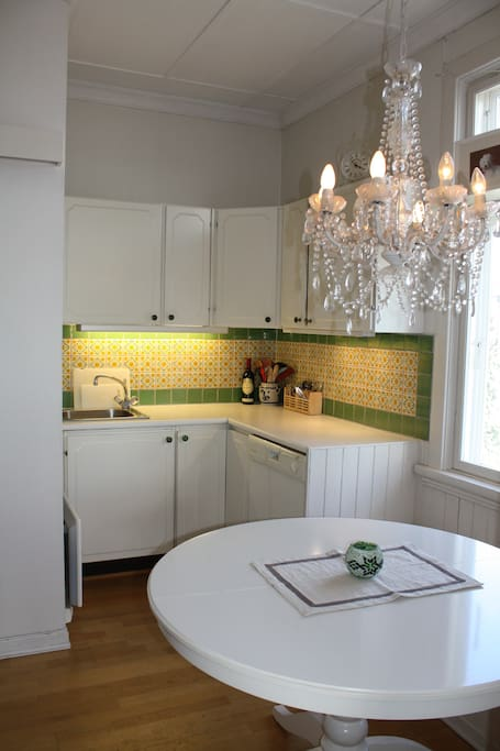"""Cozy kitchen with """"everything"""" you need to make a good meal :)"""