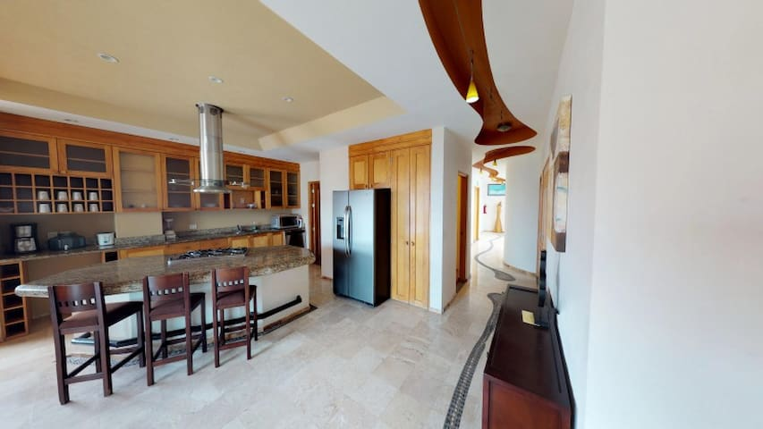 Penthouse 7 at Andales on the Bay- Luxury Rentals