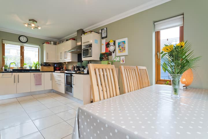 2bed detached family friendly home