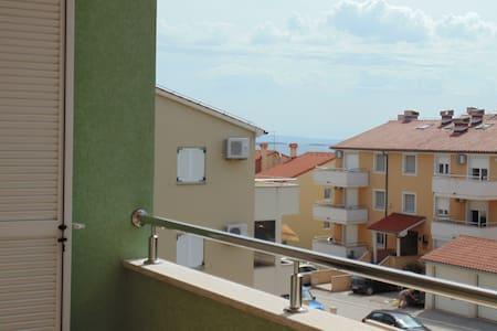 NEW APARTMENT PREMANTURA 2+2 - Premantura - Apartamento