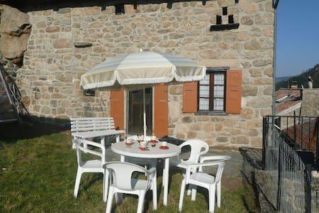 Maison indiv en Ardèche vue superbe - Chanéac