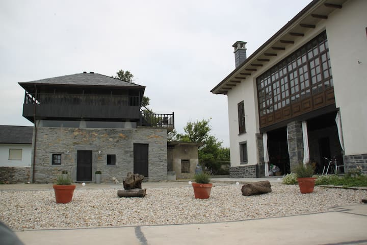 Amazing  Country  House  ! - Comarca Vaqueira - Casa