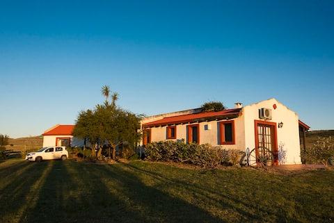 Casa de campo próxima a la Sierra de la Ballena