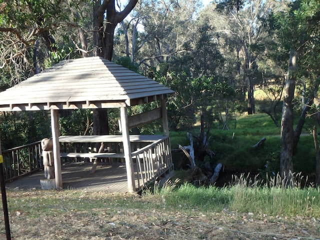 Cabin on bank of Blackwood River - Nannup - Cabaña