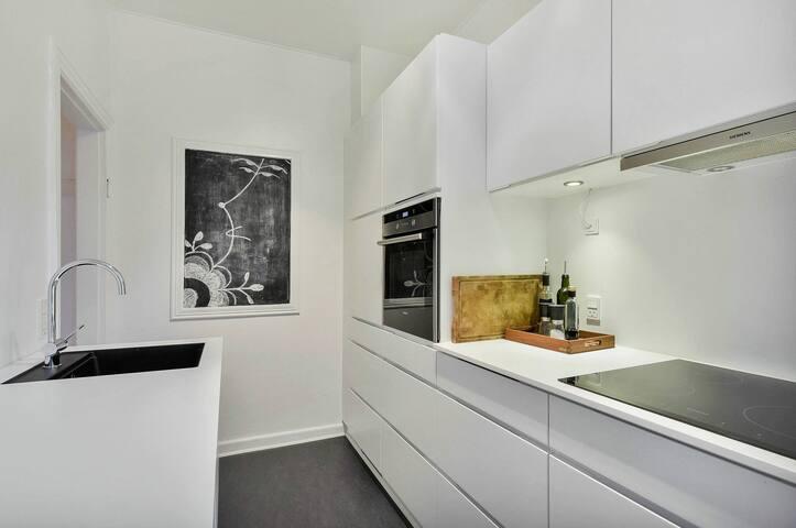 Lækker lejlighed 138 m2 med fantastisk beliggenhed