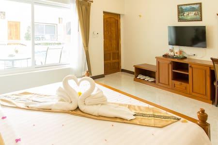 Nok Resort&Hotel - Tambon Nong Yaeng - Aamiaismajoitus