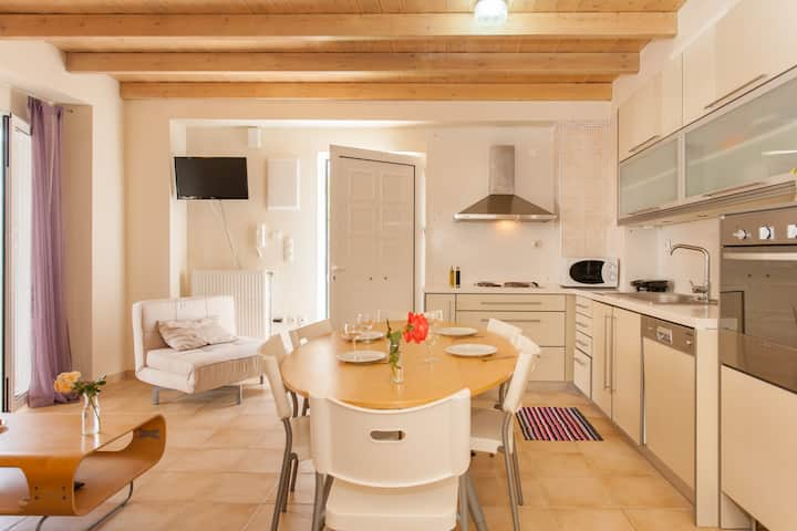 Luxury Villa with Pool -2 bedrooms