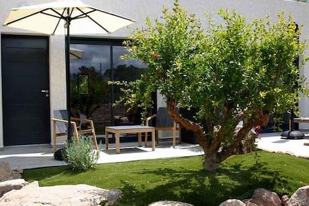 Studio résidence 4* à 600m plage piscine tennis - Sainte Lucie de Porto Vecchio - Apartamento