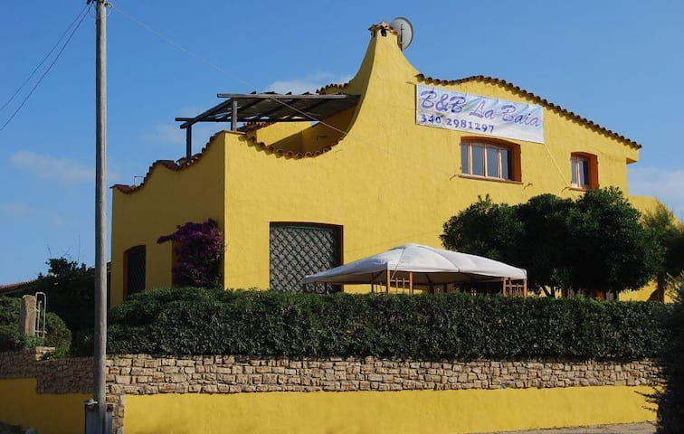 B&B la Baia 50 meters to the sea - Sa Rocca Tunda - Bed & Breakfast