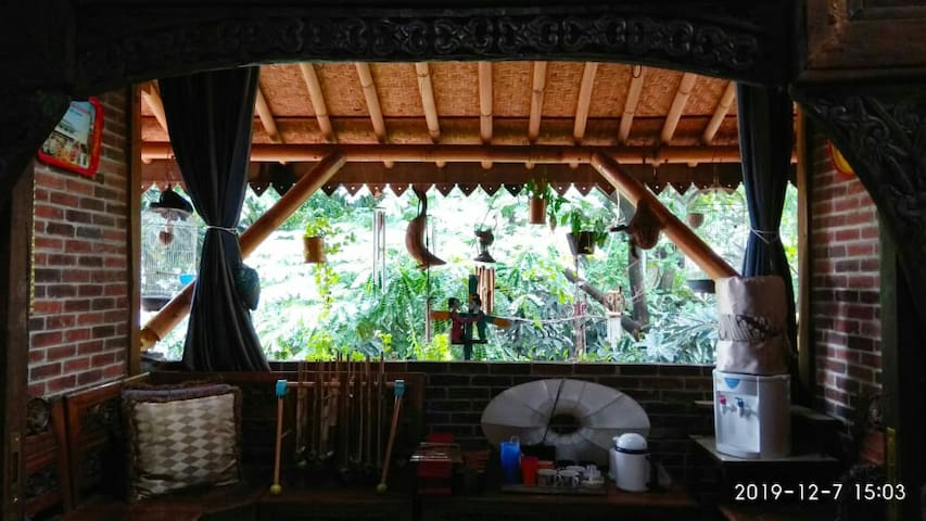 CozyBambooHouse Free Wifi WelcomeDrink &Breakfast