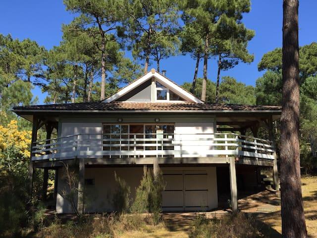 VILLA BOIS ENTRE LAC ET OCEAN - Carcans - House
