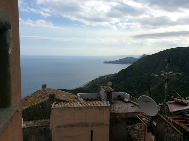 View from the deck of the master bedroom - Vista camera da letto padronale