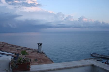 Attic with terrace stunning views - Sperlonga