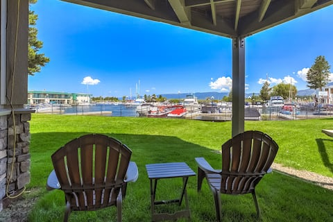 Waterfront Living with Mountain Views near beach!