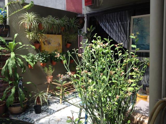 Starving Artist Safari @ 321studios - Petaling Jaya - House
