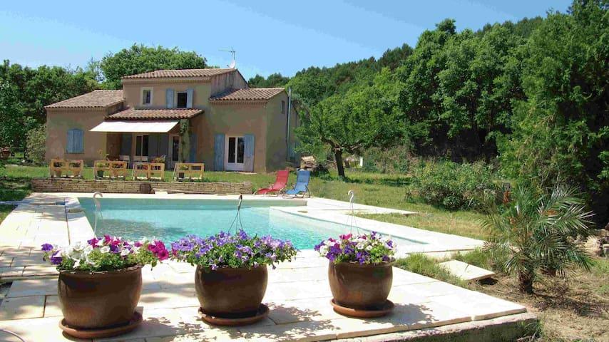 Villa familiale au pied du Luberon - Pertuis - Villa