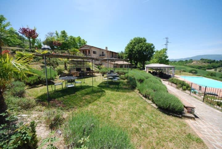 Spoleto by the pool (Apt. 6)