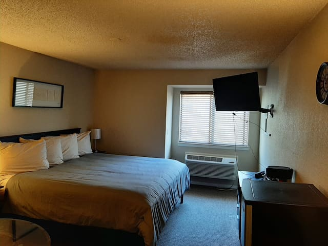 Clean&Comfy Studio *no cleaning fee* - DTC