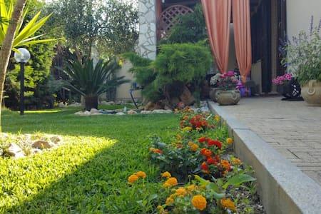 Villetta a Schiera in Residence privato - Campofelice di Roccella