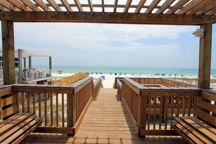 Bk4Christmas☀GULF VIEW☀Pool☀250yds2Beach☀Inspected&Disinfected☀Chateau La Mer 1D