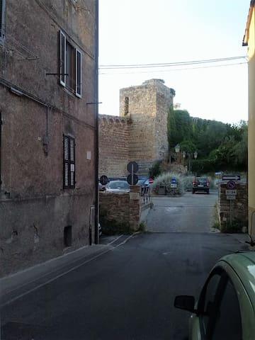 Nonna Amelia centro storico Massa di Maremma - Massa Marittima