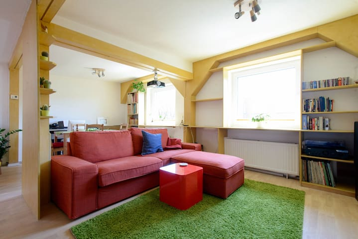 Lovely spacious apt close to center - Hamburg - Apartment