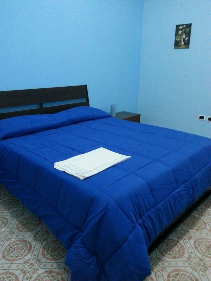 Camera blue Naples