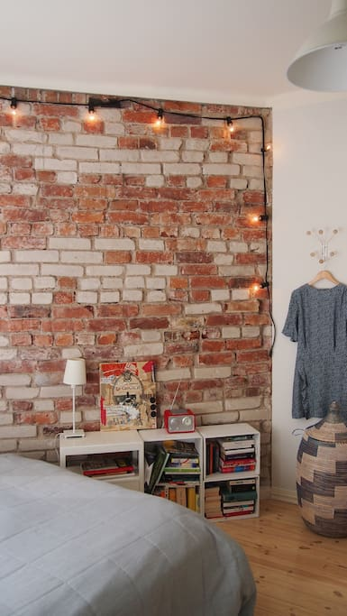Decorative wall in the bedroom.