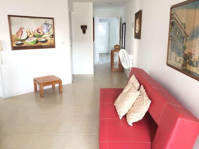 1002 Apartamento 1 hab Edificio Portofino