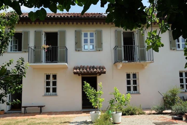 Hyggelig villa i det autentiske Piemonte