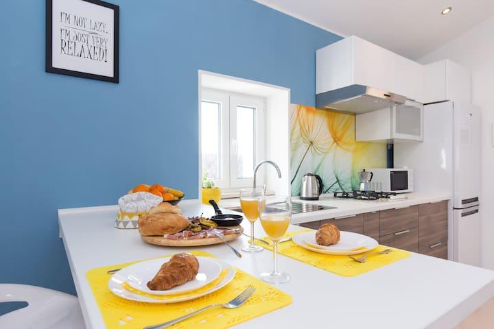 Colorful kitchen details