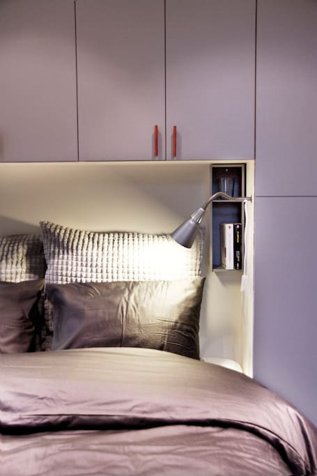Double Bed - Spring Box  (140 x 200)