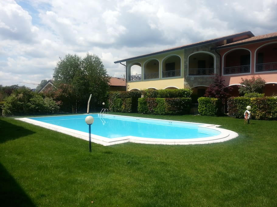 Shared pool and lawn