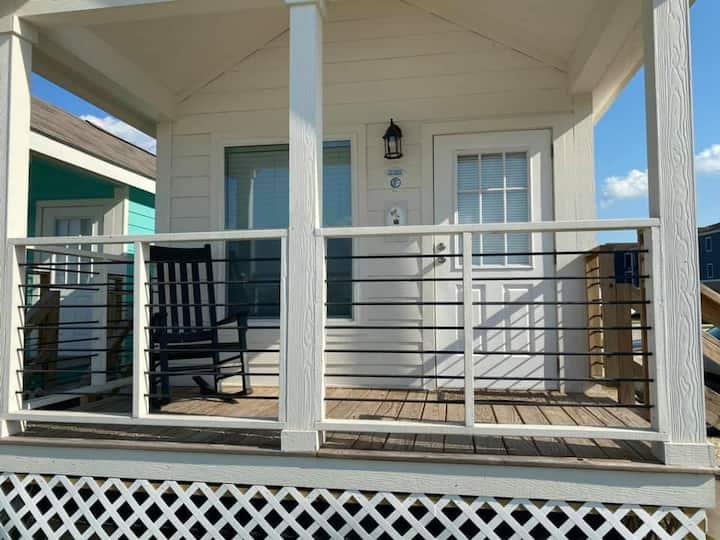 Brickhouse RV Resort Single Cabin