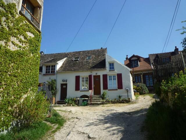 Maison proche Vallée de Chevreuse - Saint-Cyr-sous-Dourdan - Casa