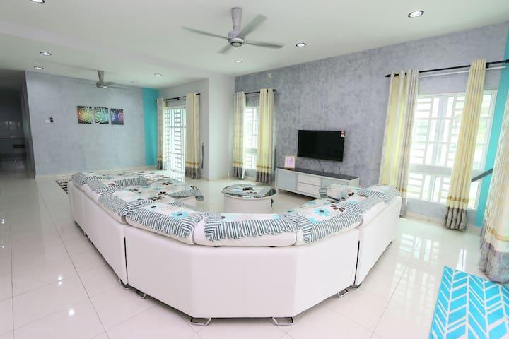Rumah Tamu Lovina Arau ( Free WIFI -UNIFI )