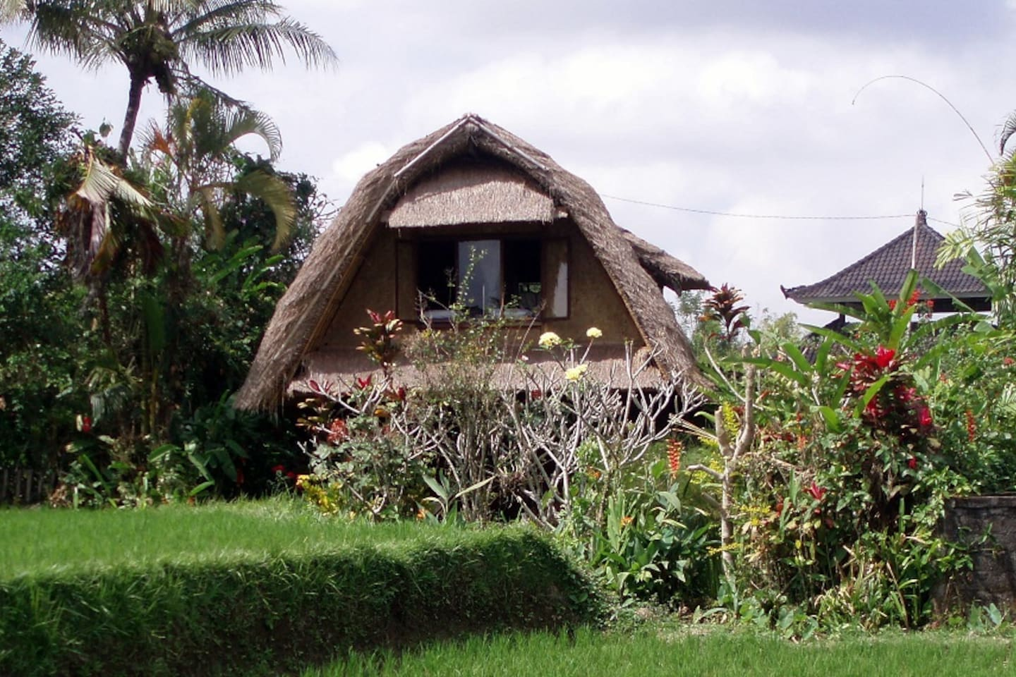 Puri Bunga - a traditional house in the paddy fields