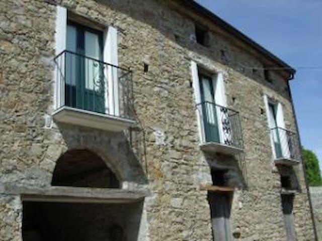 Villa nel parco del cilento - Laurito