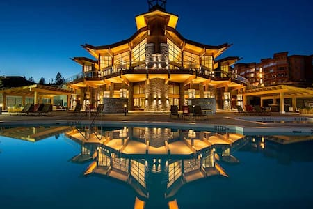 Luxury Resort condo - West Kelowna