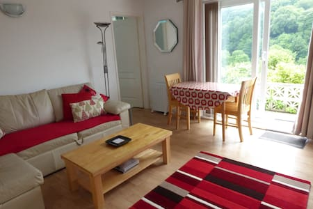 Cawsand - self contained flat with parking